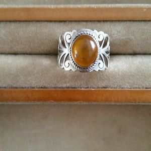 Jewelry - Topaz & Sterling ring